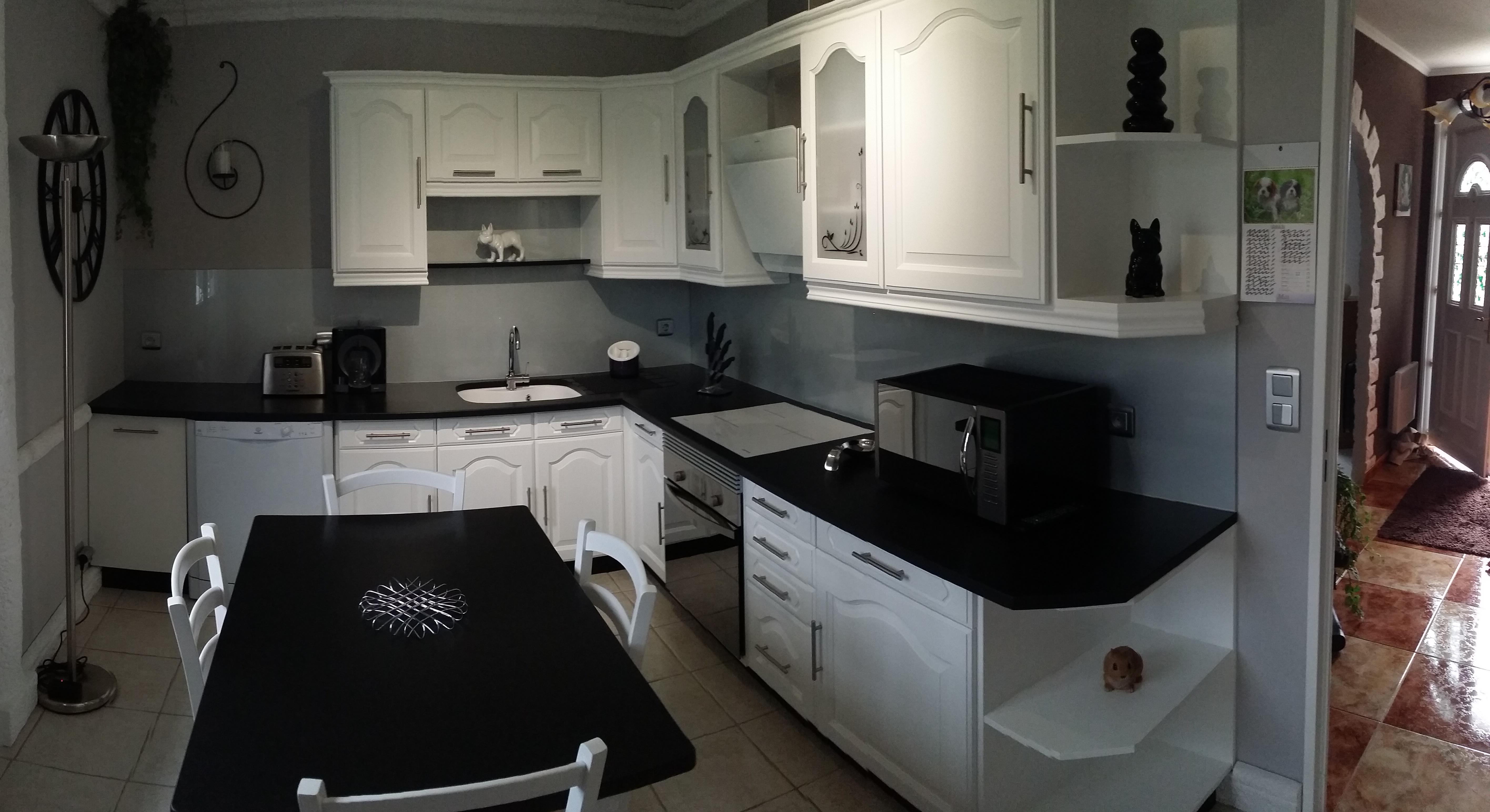 dco intrieure en marbre et granit art styl - Cuisine Moderne Orange Avec Marbre Galaxie Noir