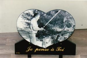 Plaque avec photogravure